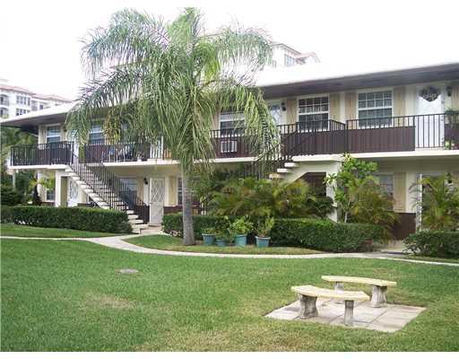 Palm Beach Shores Real Estate | Homes & Condos For Sale