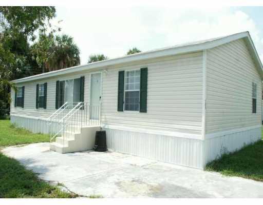 Bel Aire Estates – Fort Pierce, FL Mobile Homes for Sale