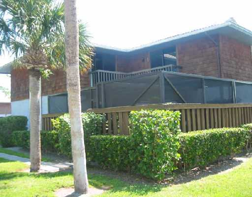 Camelot Gardens - Port Saint Lucie, FL Condos for Sale