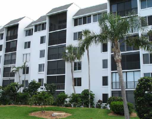Catamaran Condominiums - Fort Pierce, FL Condos for Sale