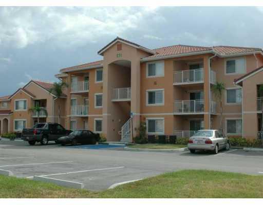 Club at St. Lucie West – Port Saint Lucie, FL Condos for Sale