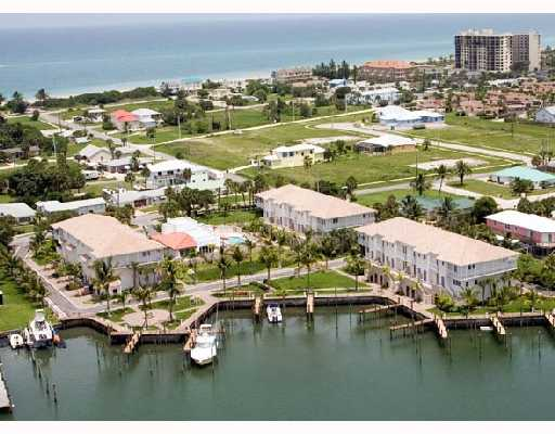 Coconut Cove Marina – Fort Pierce, FL Townhomes for Sale