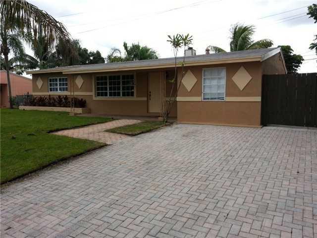 Coral Manor - Deerfield Beach, FL Homes for Sale