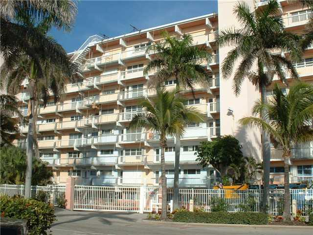 Cove Beach Club Condos - Deerfield Beach, FL Condos for Sale
