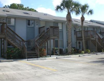 Golf Lake Villas – Fort Pierce, FL Condos for Sale