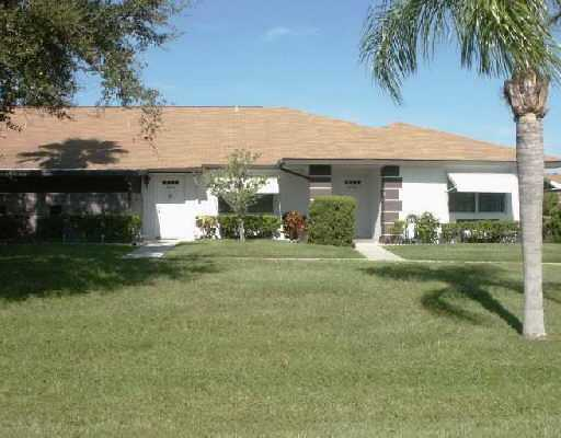 Grove Condominiums - Fort Pierce, FL Condos for Sale