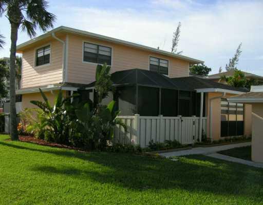 Gulfstream Villas – Fort Pierce, FL Townhomes for Sale