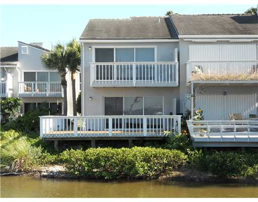 Harbour Cove - Fort Pierce, FL Townhomes for Sale