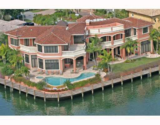 Hillsboro Isles - Lighthouse Point, FL Homes for Sale