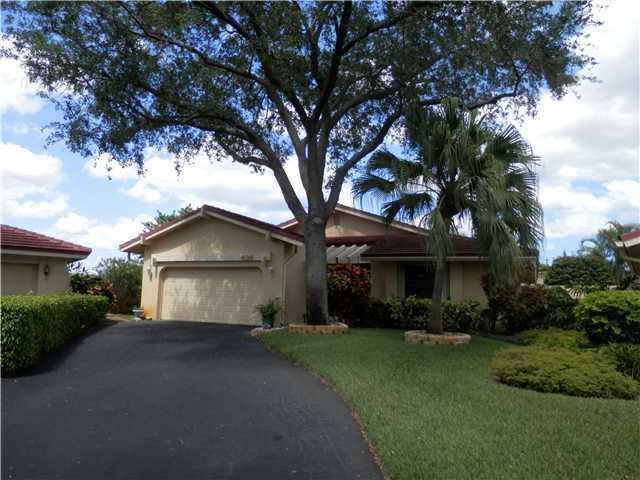 Hollows of Deer Creek - Deerfield Beach, FL Homes for Sale