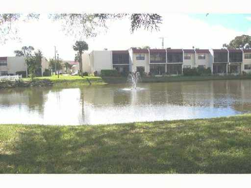 Island House Condominiums - Fort Pierce, FL Condos for Sale