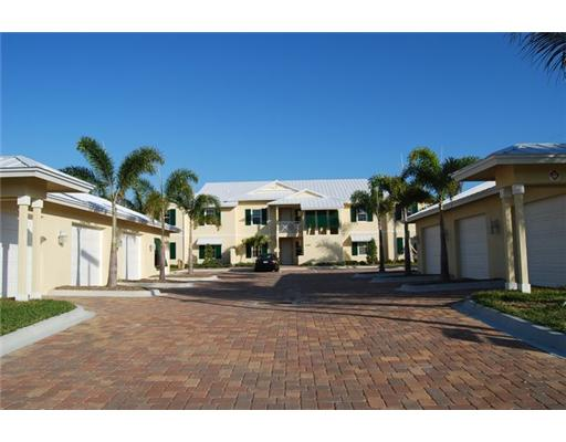 Kiwi Condominiums - Fort Pierce, FL Condos for Sale