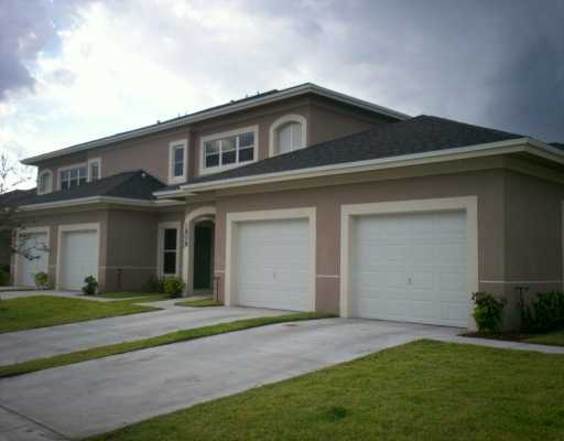 Lakes at the Savannahs - Fort Pierce, FL Condos for Sale