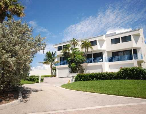 Nydal Juno Beach Townhouses for Sale