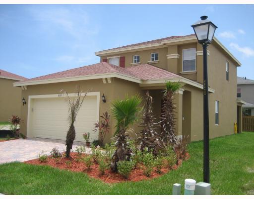 Palm Breezes Club – Fort Pierce, FL Homes for Sale