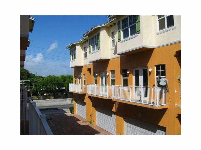Pinehurst - Pompano Beach, FL Homes for Sale