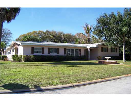 Pioneer Park - Fort Pierce, FL Homes for Sale