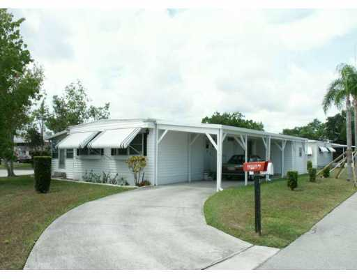 Spanish Lakes – Port Saint Lucie, FL Mobile Homes for Sale