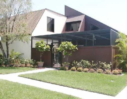 Tarpon Bay Villas – Port Saint Lucie, FL Villas for Sale