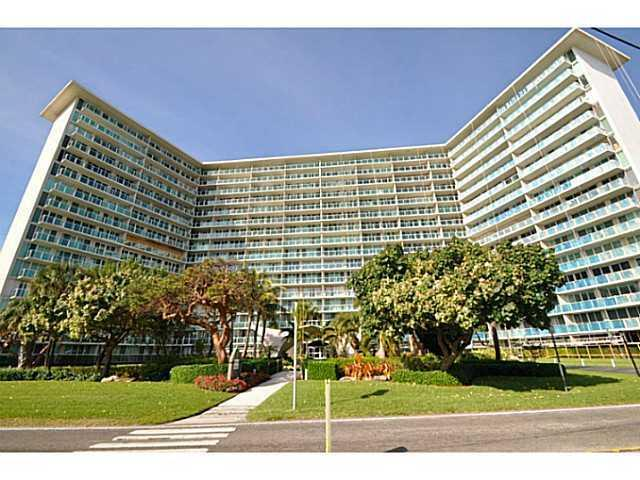 Tiara East Condos - Deerfield Beach, FL Condos for Sale