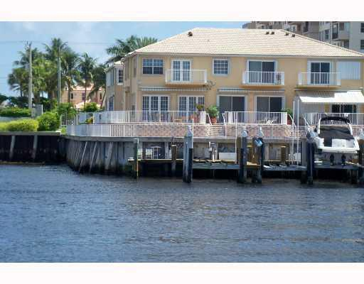 Water's Edge Estates Hillsboro Beach Townhouses for Sale