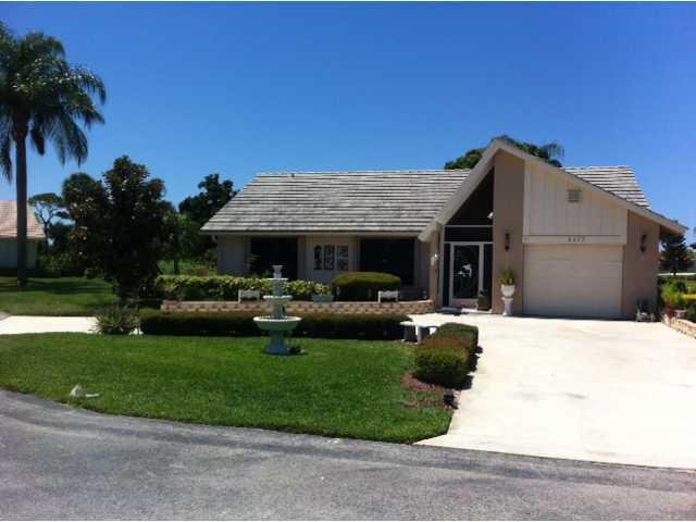 Pine Breeze Golf Villas – Stuart, FL Homes for Sale