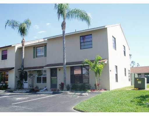 Fairmont Estates - Stuart, FL Townhomes for Sale