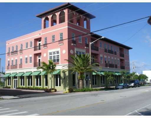 High School Condos - Stuart, FL Condos for Sale