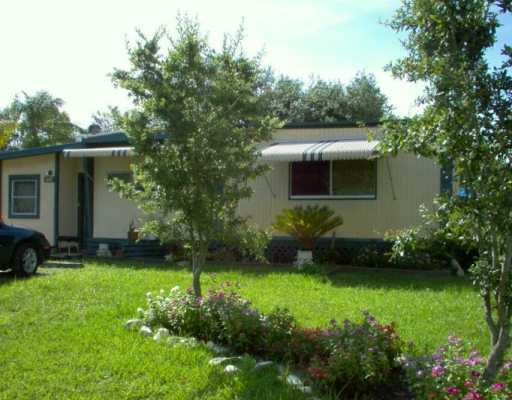 Sunshine Parkway Manor - Stuart, FL Mobile Homes for Sale