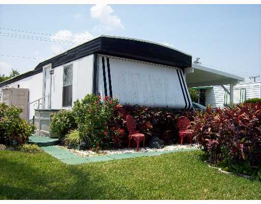 Tropical Acres Mobile Home Park Homes For Sale In Jensen Beach