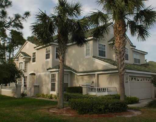 Harbour Isles at Lake Charles – Port Saint Lucie, FL Townhomes for Sale