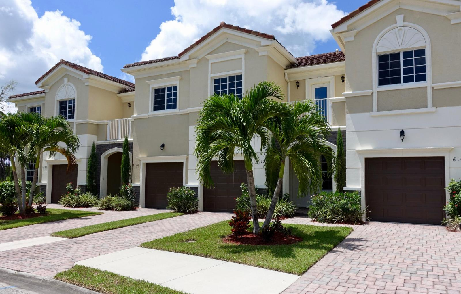 Heritage Enclave Townhouses for Sale
