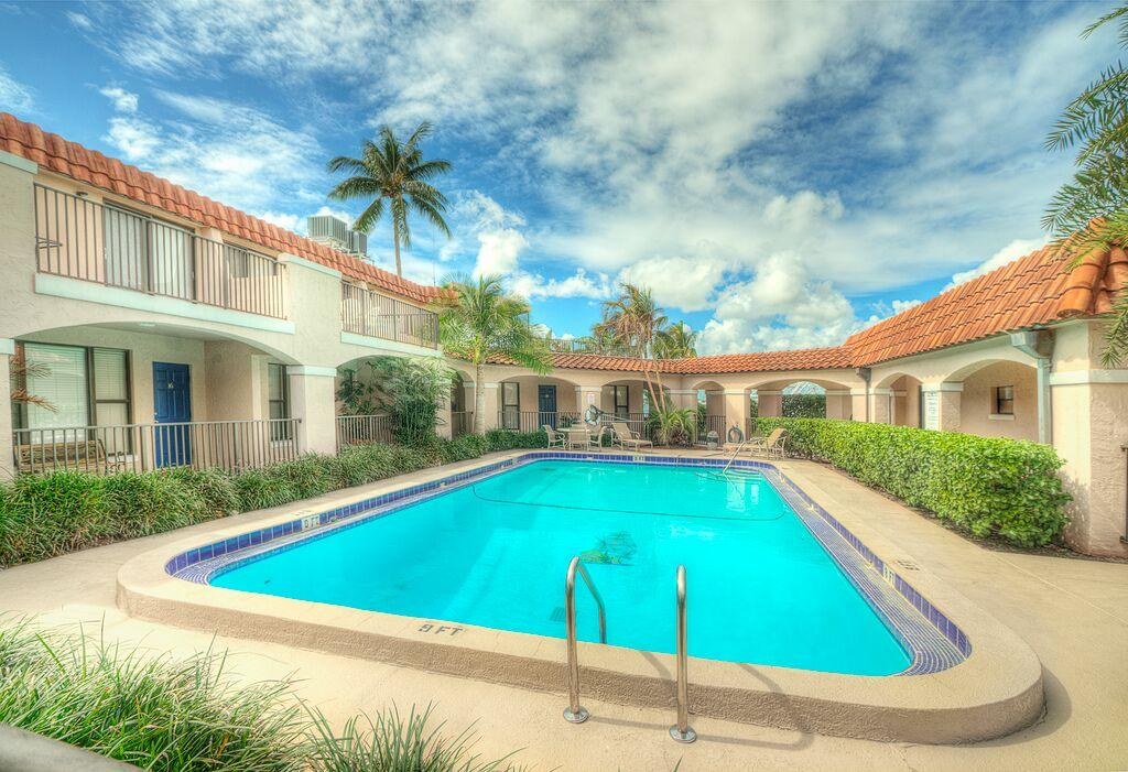 Buccaneer Palm Beach Shores Condos
