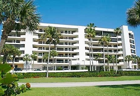 Passages Jupiter Island Condos for Sale