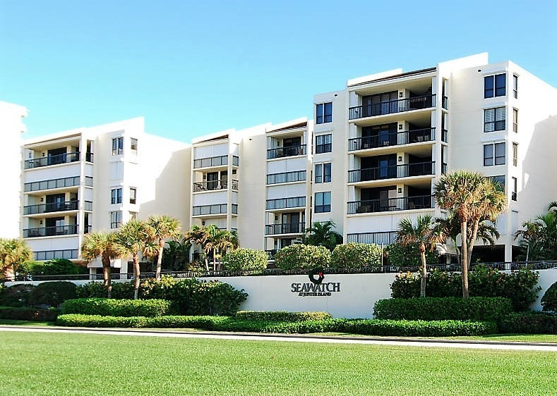Seawatch Jupiter Island Condos for Sale